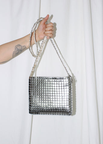 VINTAGE SILVER METALLIC MESH SQUARES SHOULDER BAG