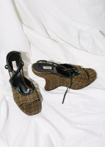 VINTAGE PRADA GREEN PLAID SCULPTURAL WEDGES (39.5)