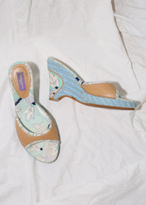 VINTAGE EMILIO PUCCI CORAL LEATHER & BLUE ESPADRILLE WEDGES (38)