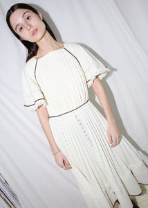 VINTAGE WHITE PLEATED MIDI DRESS (S)