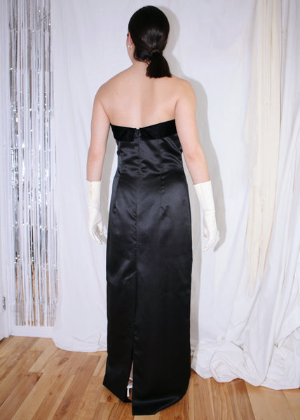 VINTAGE BLACK STRAPLESS GOWN WITH RHINESTONE BAND (M)