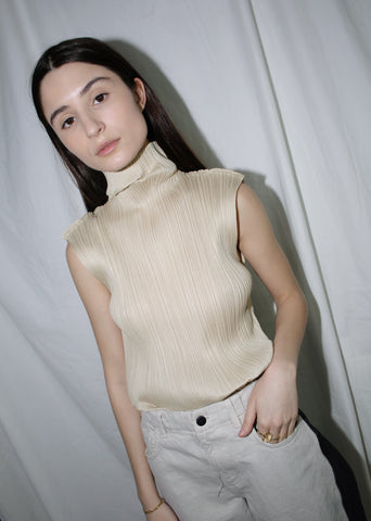 VINTAGE ISSEY MIYAKE PLEATS PLEASE CREAM SLEEVELESS TOP (M)
