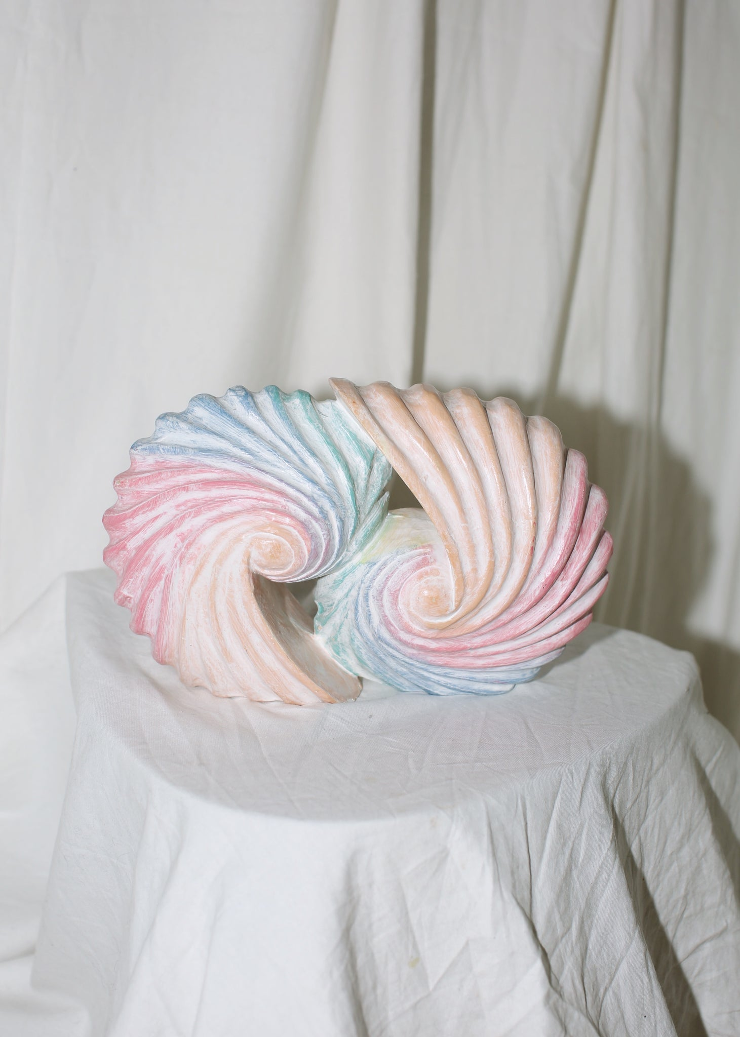 VINTAGE PASTEL COLORED WOOD SEASHELL STATUE