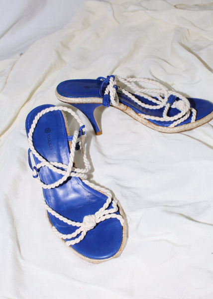 VINTAGE BLUE ESPADRILLES WITH WHITE ROPES (38)