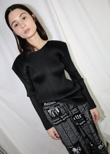 VINTAGE ISSEY MIYAKE PLEATS PLEASE BLACK LONG SLEEVE TOP (M)