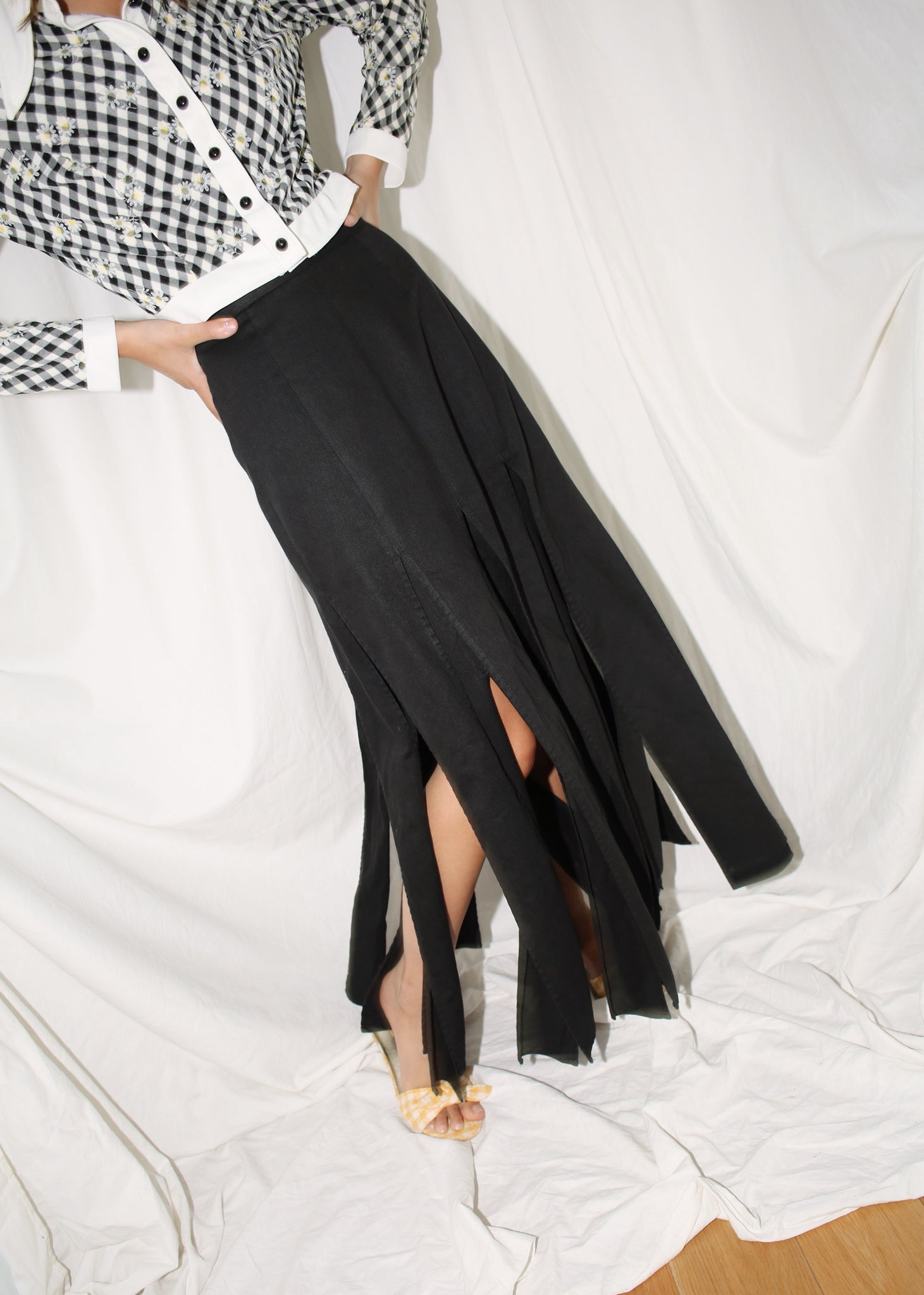 VINTAGE BLACK PANEL SLIT SKIRT (M)