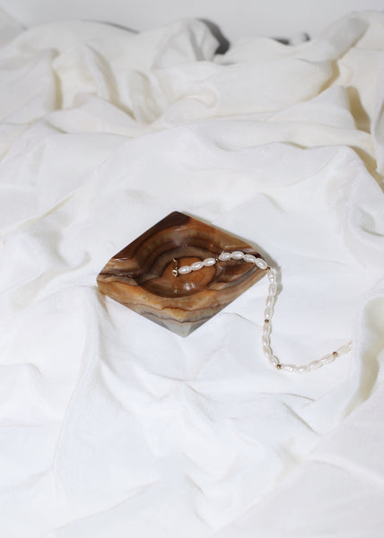VINTAGE SMALL BROWN MARBLE ASHTRAY