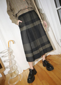VINTAGE BLACK PLAID MIDI SKIRT (S)