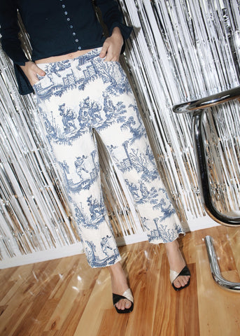 VINTAGE BLUE PRINTED WHITE CROPPED JEANS (XS)