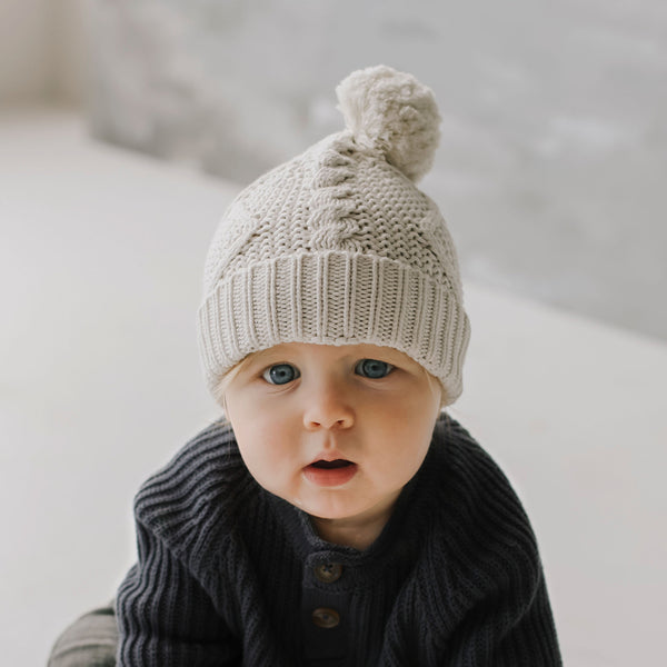 Cable Knit Hat (Oatmeal)