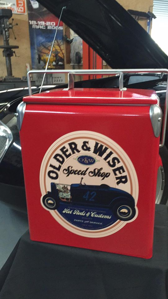 Older Wiser Blue Retro Cooler