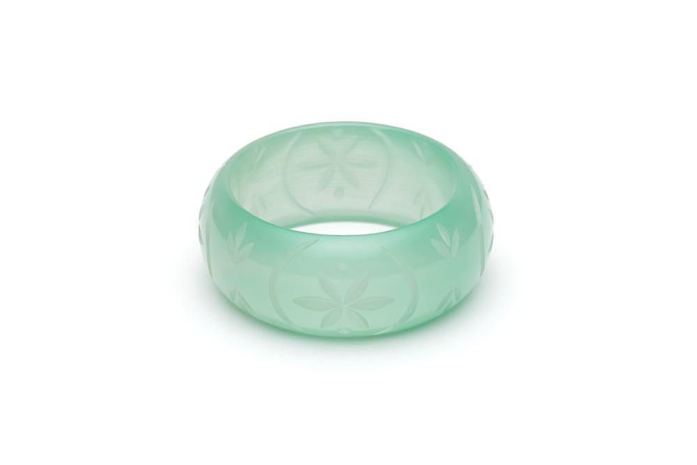 Wide Mint Sorbet Fakelite Duchess Bangle