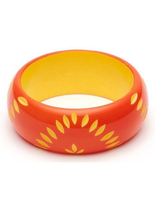 Wide Sunset Carve Duchess Bangle