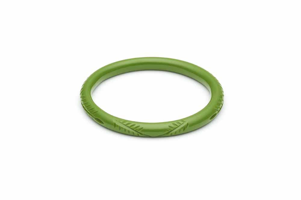 Narrow Leaf Green Fakelite Bangle
