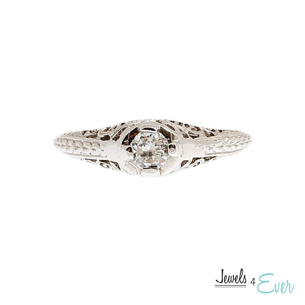 14KT White Gold Ring set with Diamond