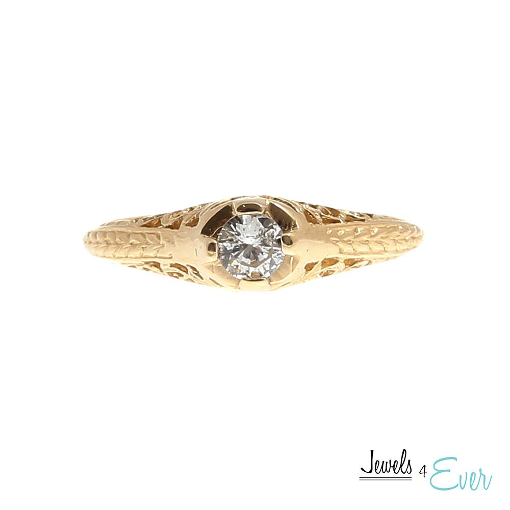 14KT Yellow Gold Ring set with Diamond