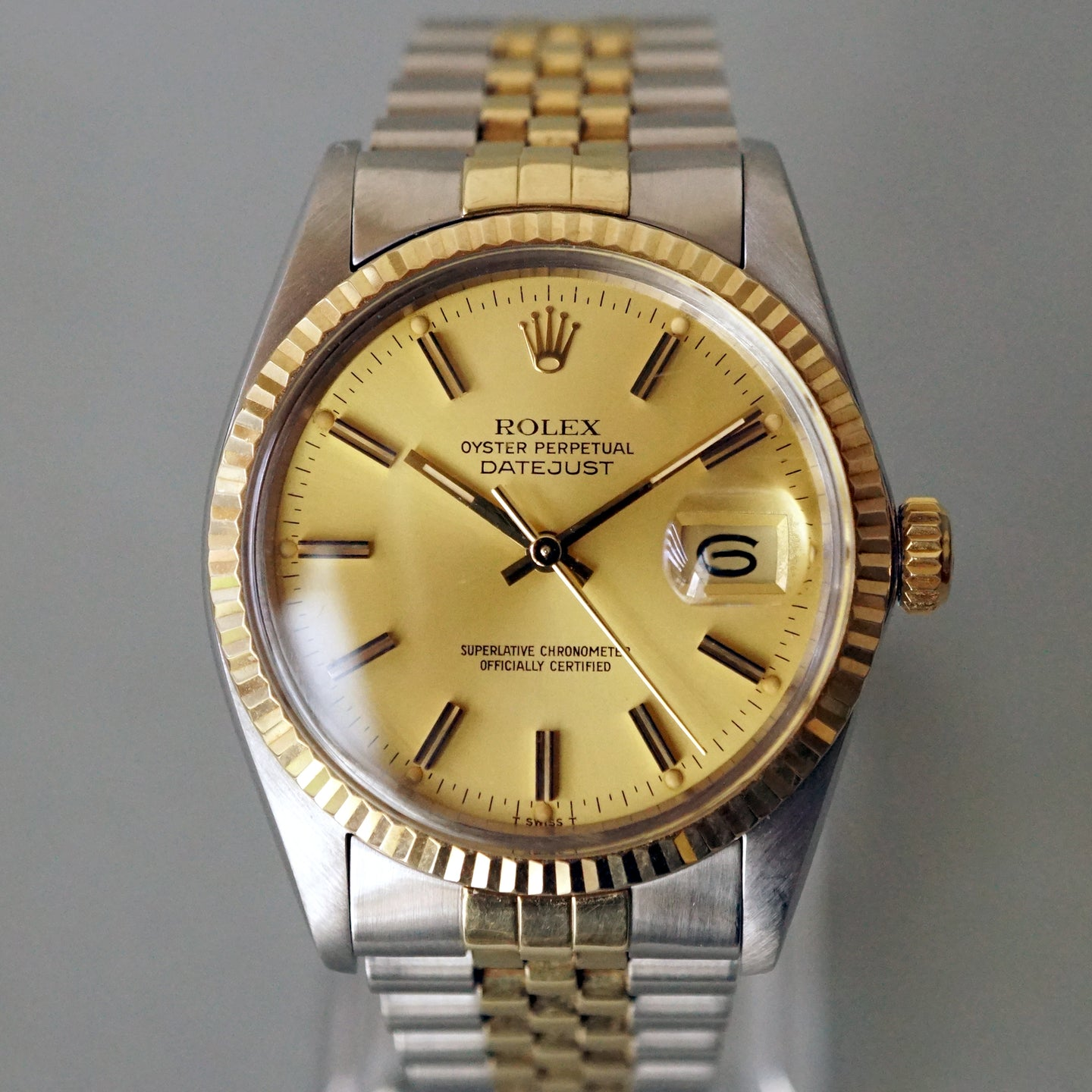 1981 ROLEX DATEJUST REF.16013 YG FLUTED BEZEL / STEEL TWO TONE WATCH