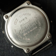Load image into Gallery viewer, 2002 U.S.MILITARY MIL-SHOCK WRIST CHRONOGRAPH / COMPUTER