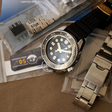 Load image into Gallery viewer, 2015 SEIKO MARINEMASTER 300M SBDX012 50TH ANNIVERSARY LIMITED EDITION