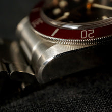 Load image into Gallery viewer, 2013 TUDOR HERITAGE ETA BLACK BAY RED REF.79220R DIVER WATCH