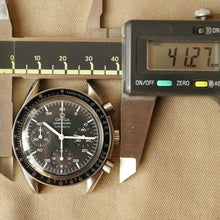 Load image into Gallery viewer, 1998 OMEGA SPEEDMASTER REDUCED REF.175.00.32 AUTOMATIC WATCH