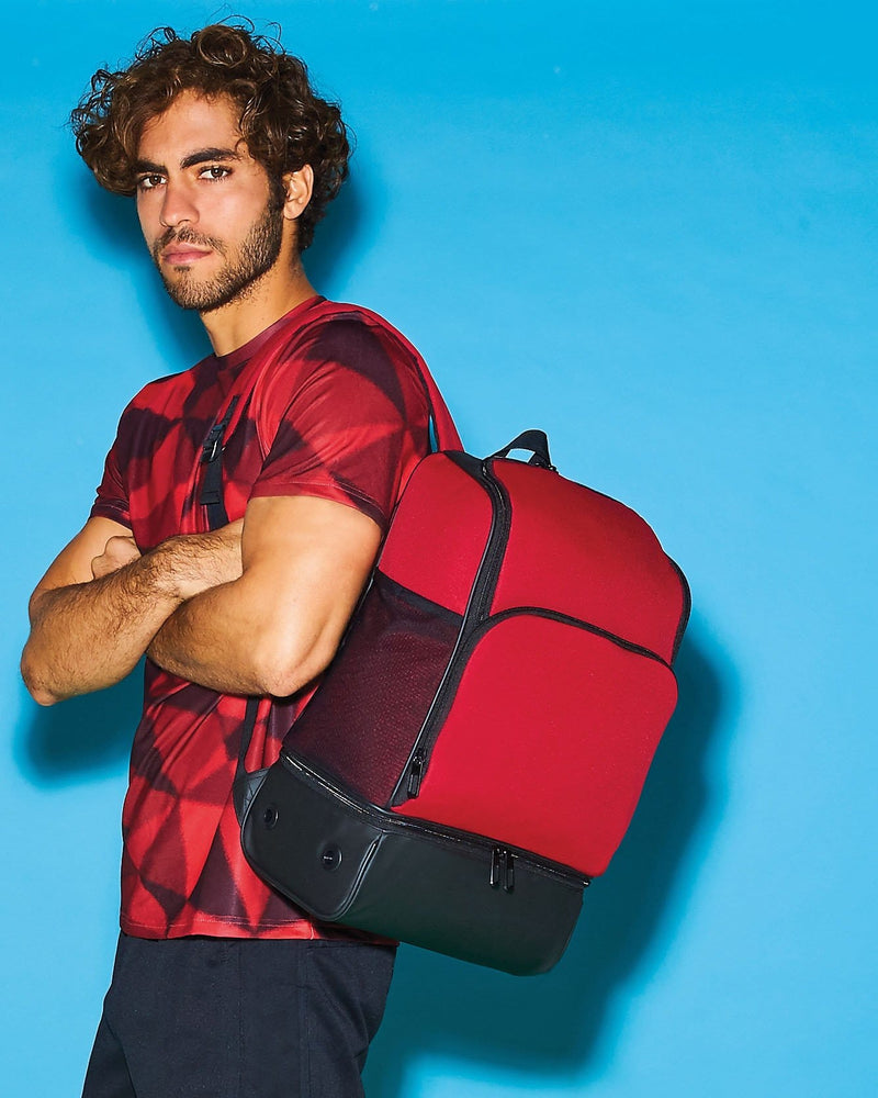 BagBase BG576 Hardbase Backpack Male Model