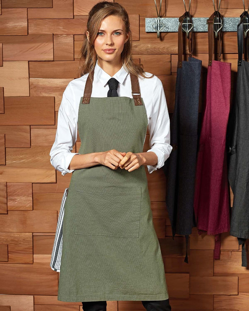 Woman Next to Apron Stand Wearing Moss Contrast Apron