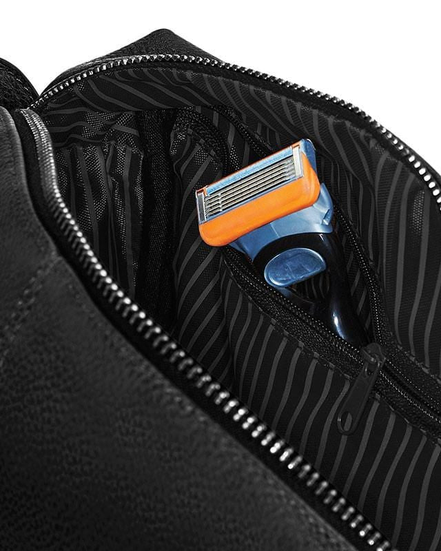 Quadra QD879 NuHide Washbag Interior