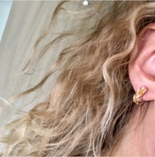 Load image into Gallery viewer, Mali in Dandelion