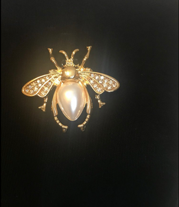 Bee Brooche