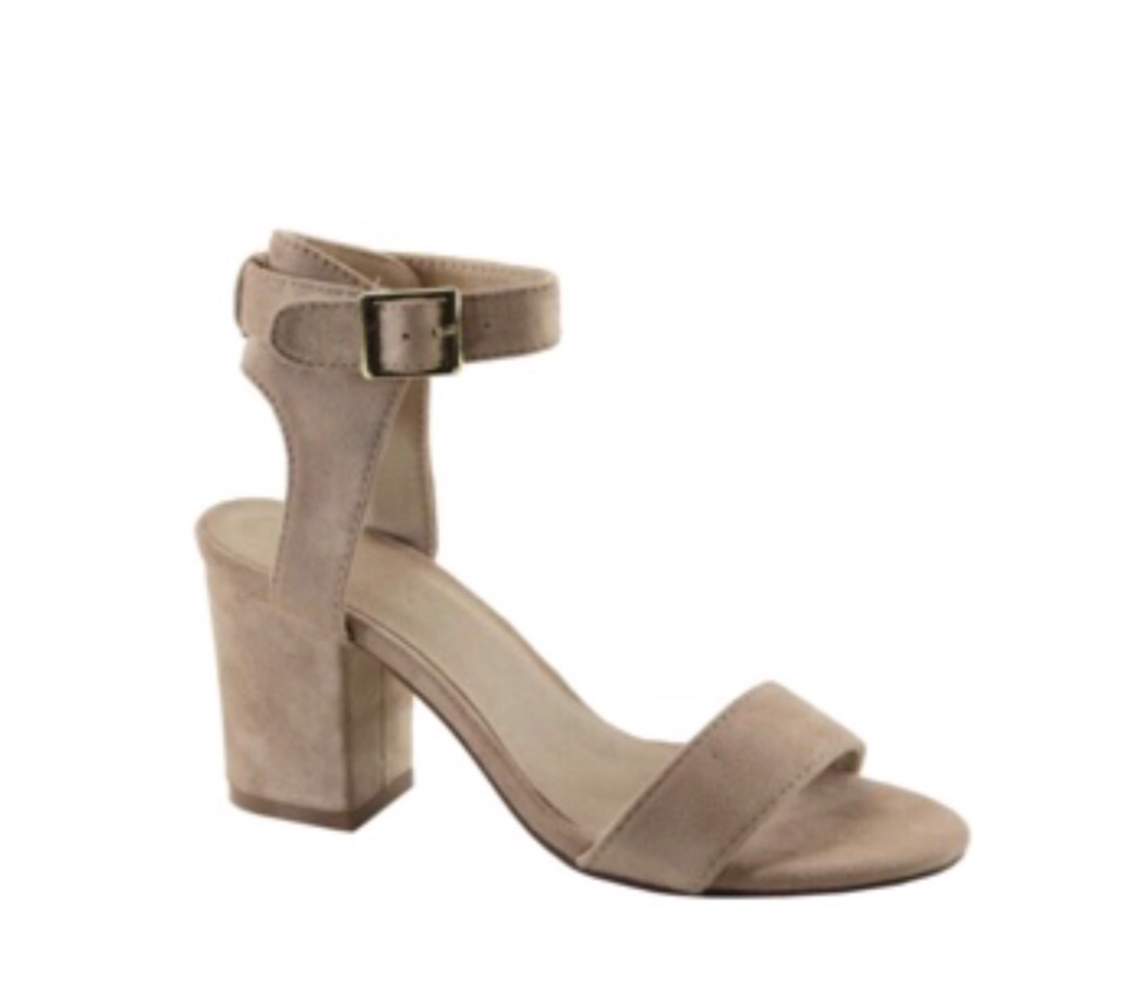Sandals Chunky beige suede