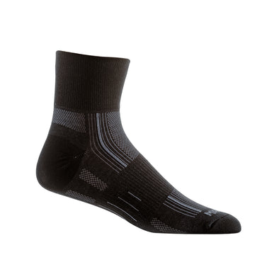 Stride Quarter Socks