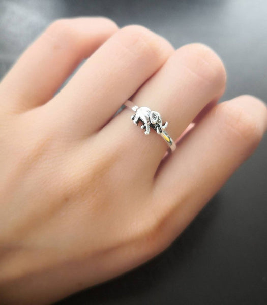 925 Sterling Silver Ring With Elephant Motif - Free Shipping Available