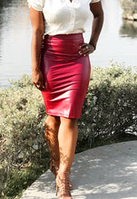 Load image into Gallery viewer, Dolce Vita Faux Leather Skirt