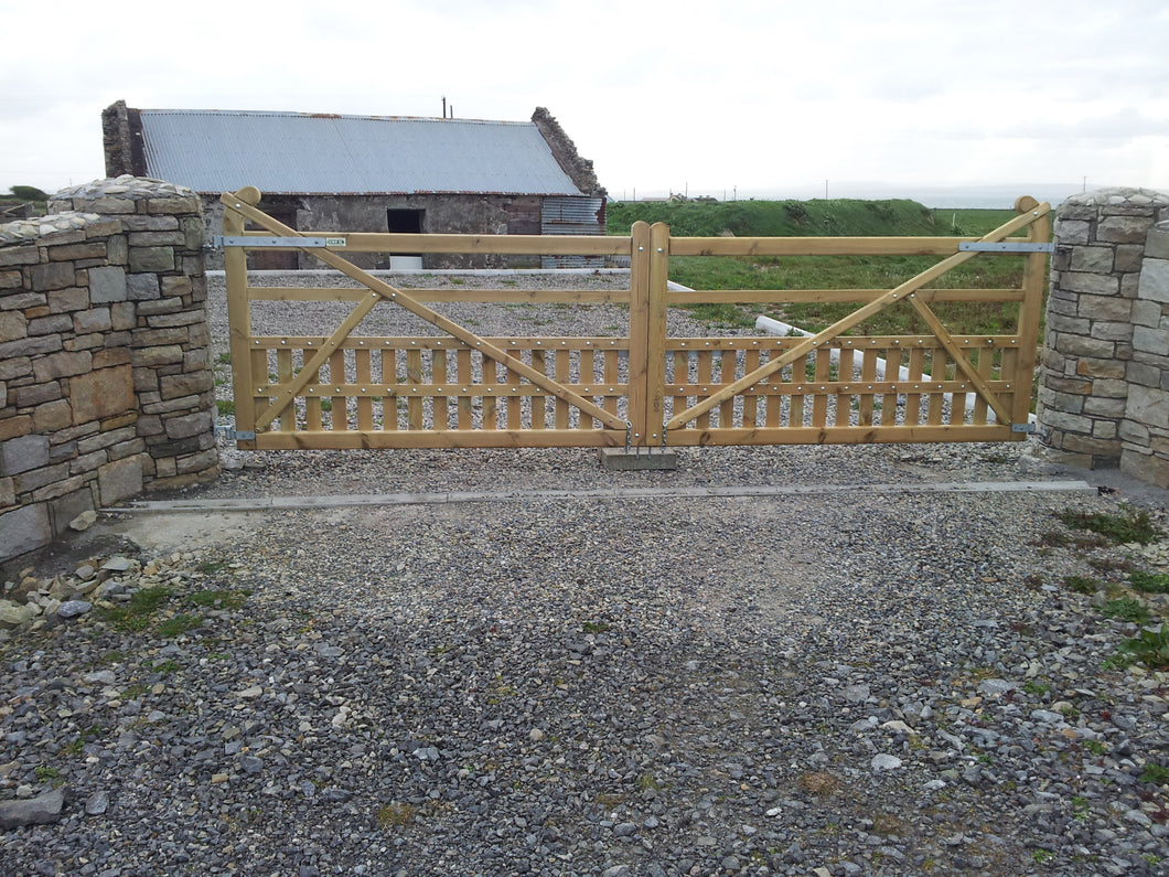 Pair Swan Neck Gates 3.6m