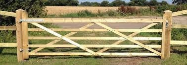 field entrance gate green