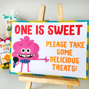 Super Simple Monsters Treats Sign Printable