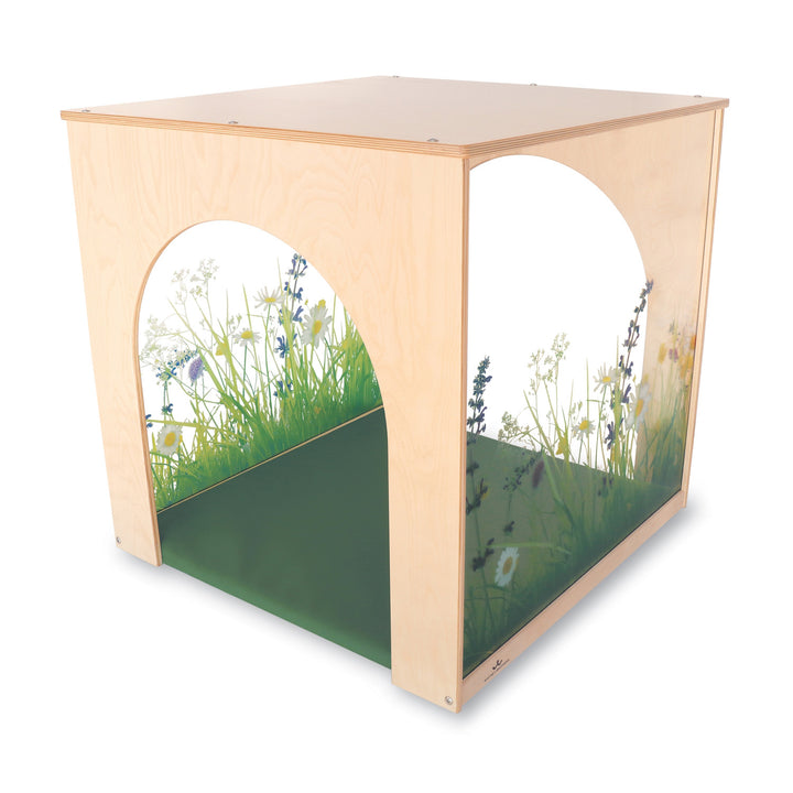 Whitney Brothers Nature View Playhouse Cube With Floor Mat Set