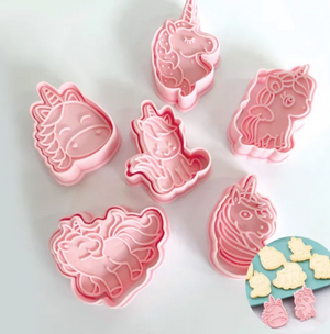 Load image into Gallery viewer, 3D Unicorn Cookie Cutter Set