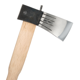 Kurodori Axe - 1.6kg Head, White Oak Handle
