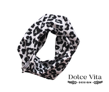 Load image into Gallery viewer, Tricot Scarf, Leo Black
