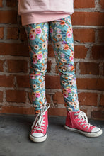 Load image into Gallery viewer, Leggings, Pastel Flowers
