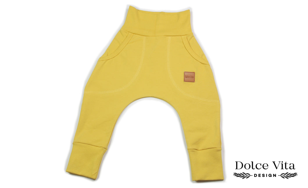 Baggypants, Basic Yellow