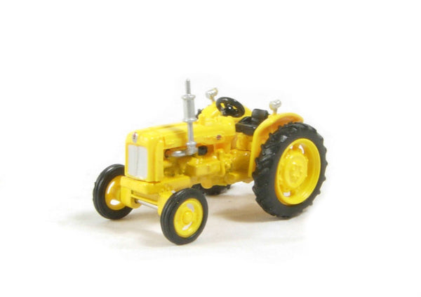 Fordson Tractor (76TRAC003)