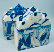 Load image into Gallery viewer, Wild Maine Blueberry Artisan Soap