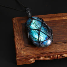 Load image into Gallery viewer, Dragon's Heart - Labradorite Stone Talisman