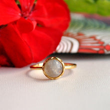 Load image into Gallery viewer, Labradorite Sterling Silver Ring