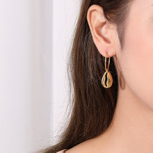 Load image into Gallery viewer, Gold Plated Sterling Silver 925 Shell Earrings
