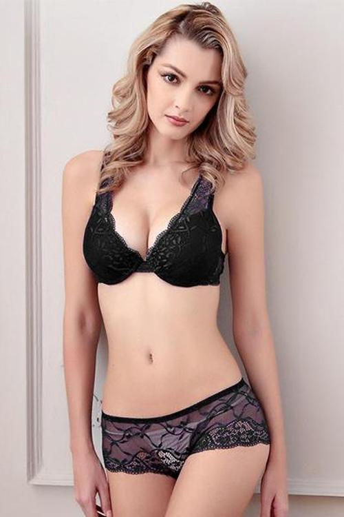 Lace Bra and Panty Set - MondayBloom.com