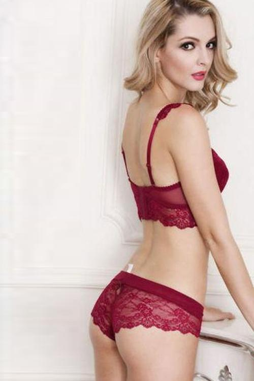 Embroidery Penelope Lace Bra and Panty Set - MondayBloom.com